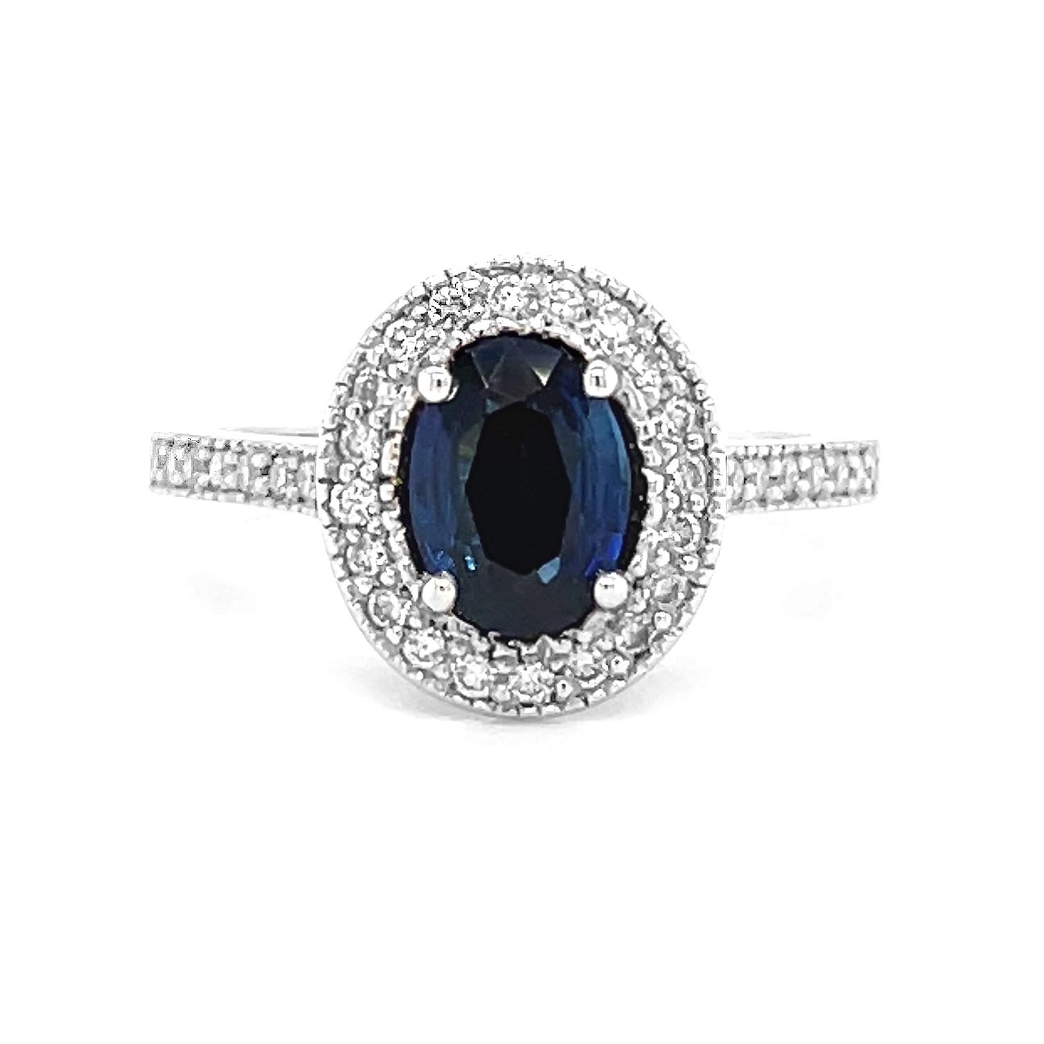18k White Gold Oval Sapphire & Brilliant Cut Diamond Cluster Ring