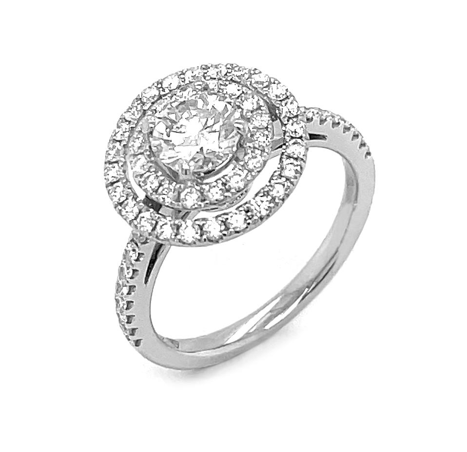 18k White Gold Brilliant Cut Diamond Cluster Engagement Ring