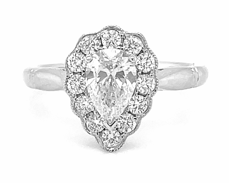 0.71cts HVS2 Pearshape Diamond Cluster Ring