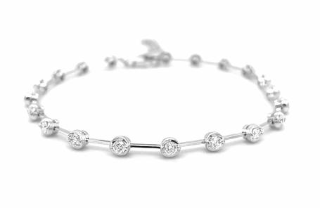 18k White Gold 20 Stone Brilliant Cut Diamond Line Bracelet
