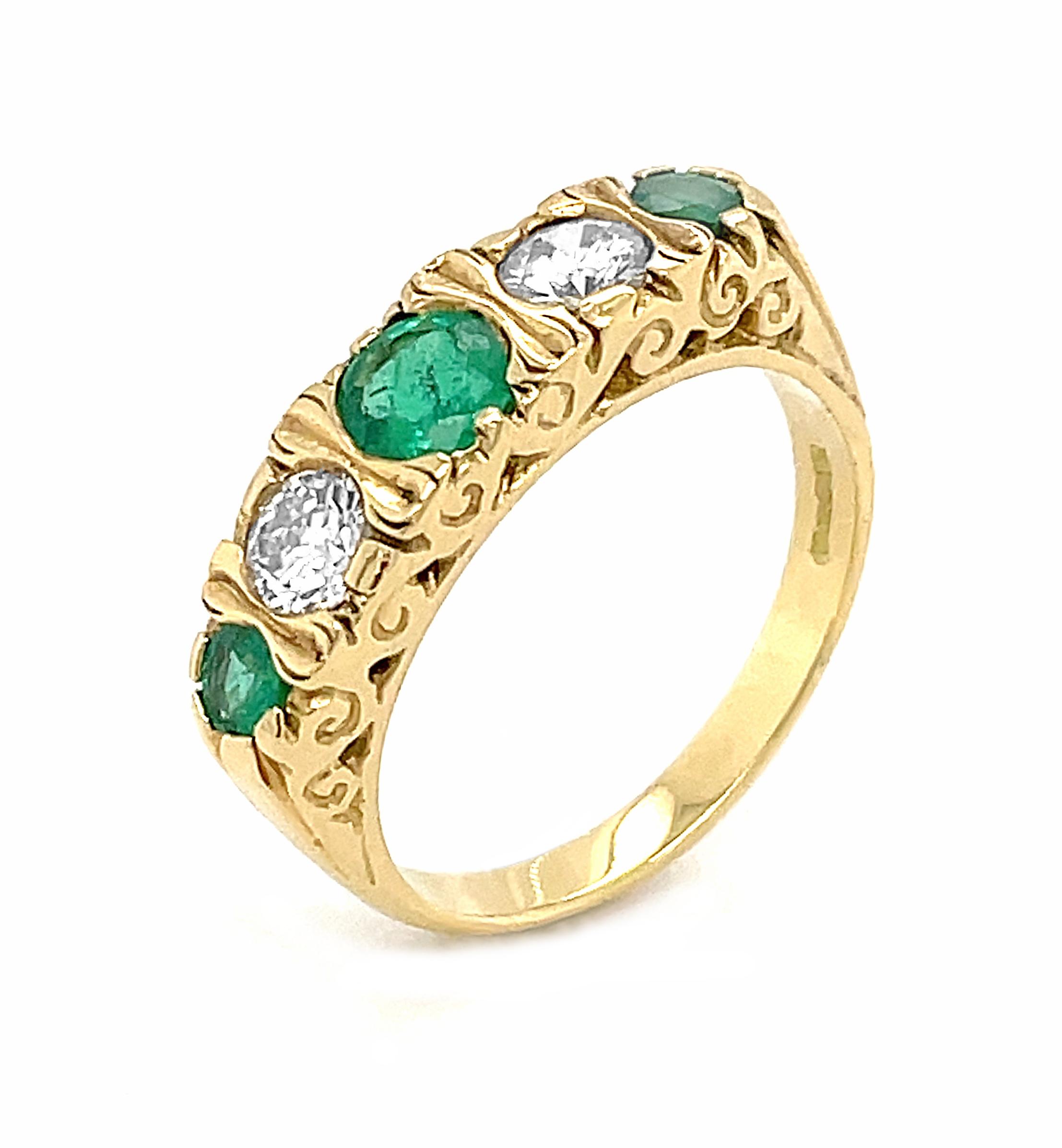 18k Yellow Gold 5 Stone Round Emerald & Brilliant Cut Diamond Antique Style Ring