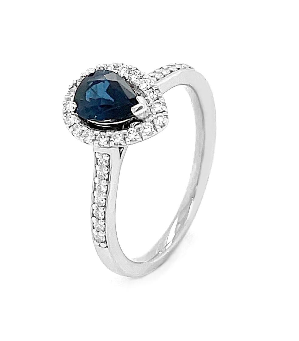 18k White Gold Pearshape Sapphire & Brilliant Cut Diamond Cluster Ring