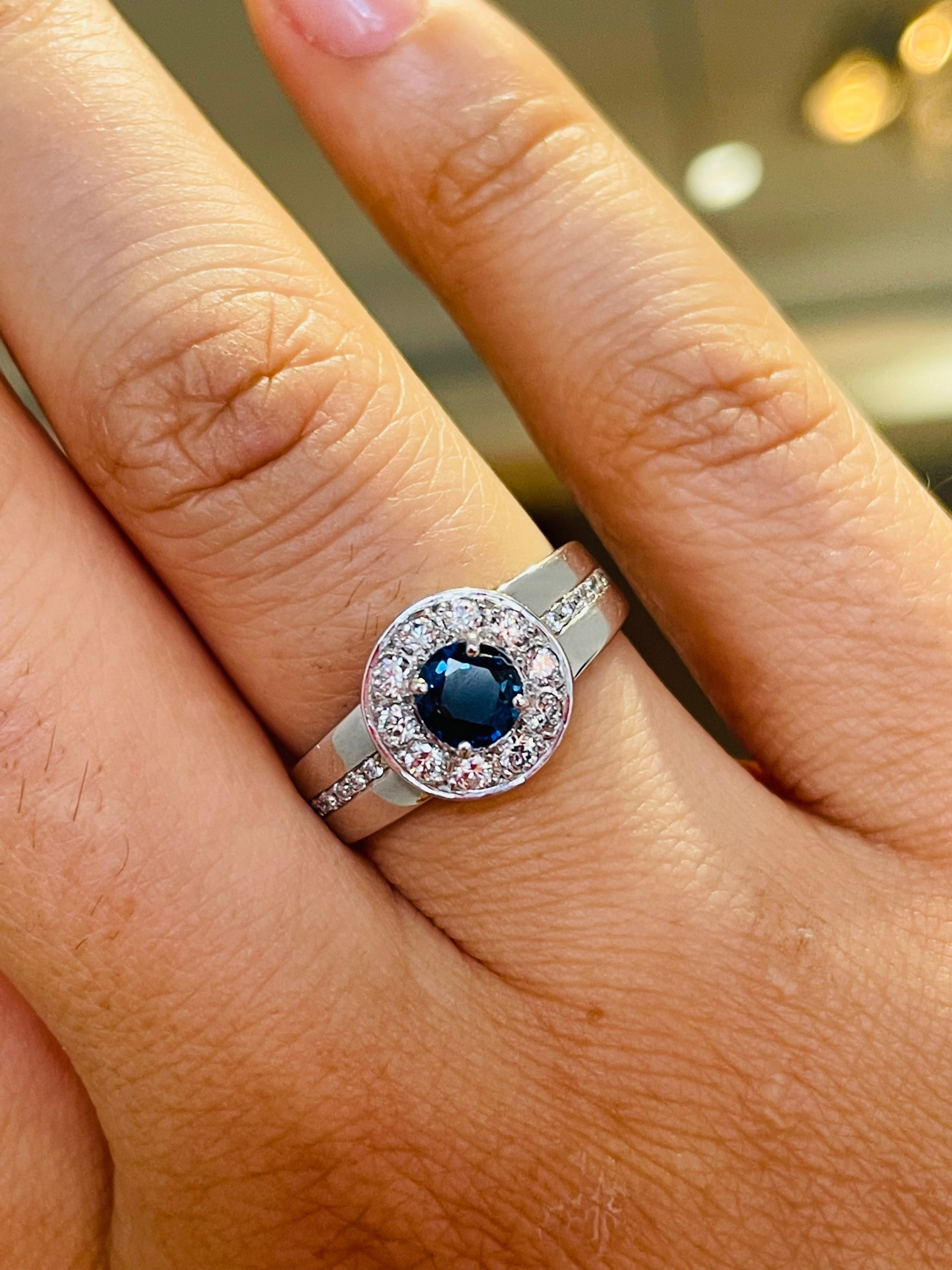 18k White Gold Round Sapphire And Diamond Cluster Ring