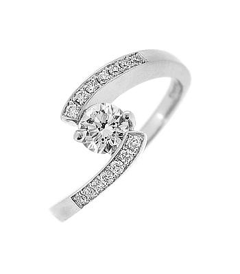 18k White Gold Brilliant Cut Diamond Twist Ring, Diamond Shoulders