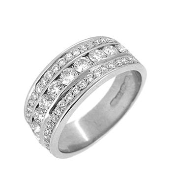 18k White Gold 3 Row Brilliant Cut Diamond Dress Ring