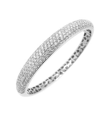18k White Gold Brilliant Cut Diamond Pave Set Bangle