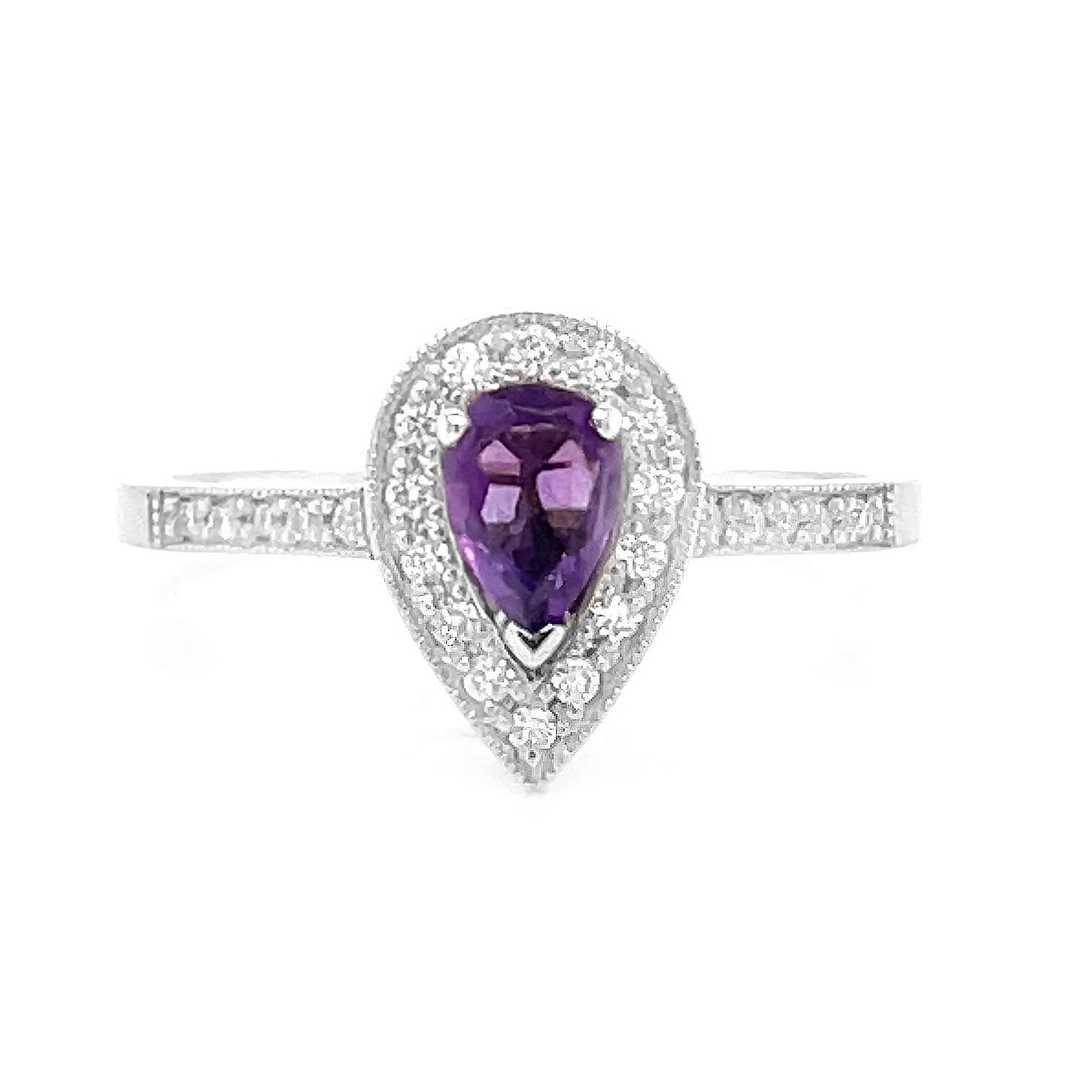 9k White Gold Pearshape Amethyst & Brilliant Cut Diamond Cluster Ring
